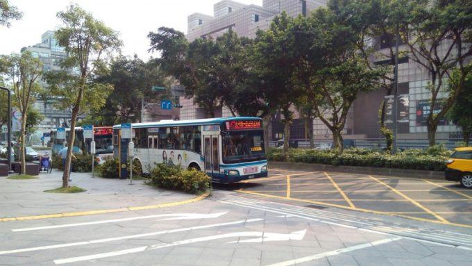 台北市内バス2