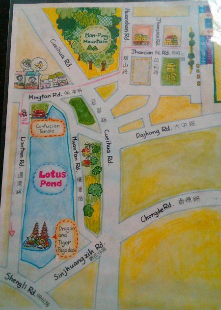 高鉄高雄駅で教えてくれた地図