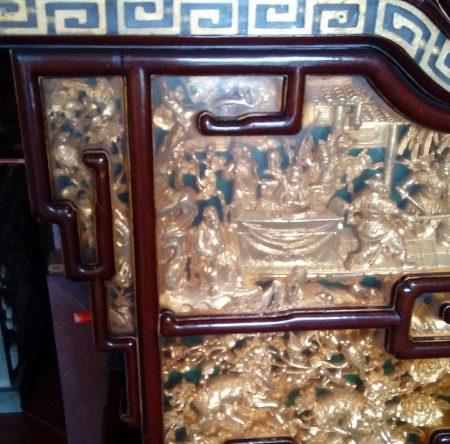 天府宮の祭壇の彫り物