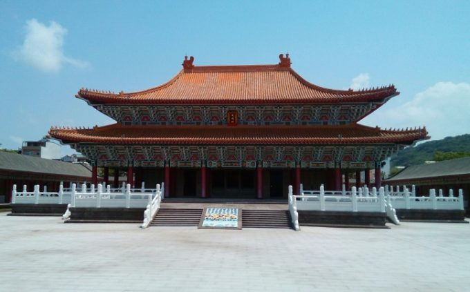 蓮池潭にある高雄孔子廟